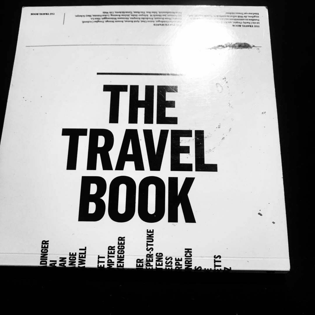 BOLD TRAVEL BOOK 1